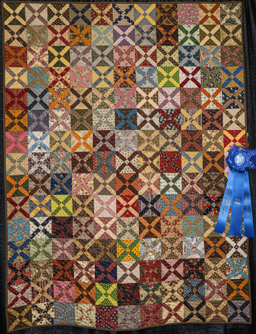 old italian cross by janet carver, artisan division two-person wall quilt, dallas quilt show 2020