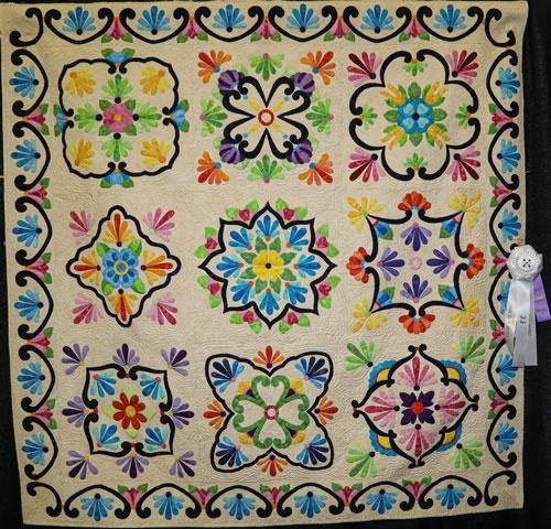 fiesta de talavera by dee ann hodges, artisan division two-person wall quilt, dallas quilt show 2020