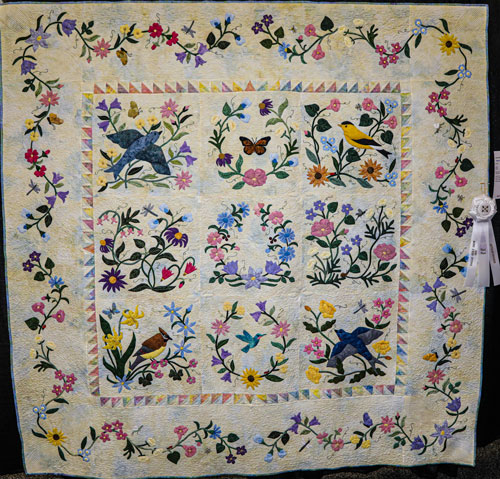 nature's garden collectors series by mary watterson, artisan division large applique, dallas quilt show 2020