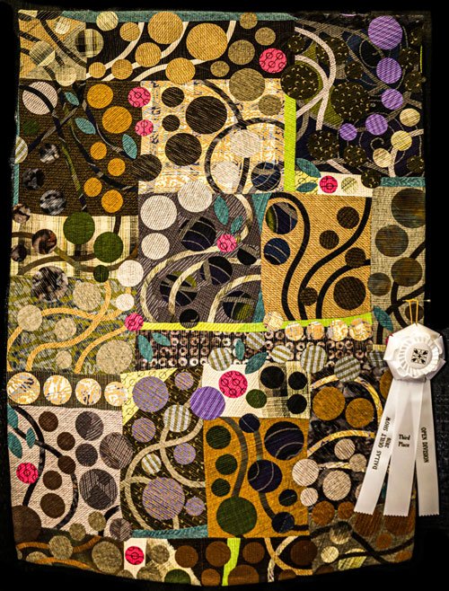 good girl by karen k stone, open division art quilts, dallas quilt show 2020