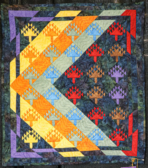 seasons thru the pines by becky holley, open division small contemporary quilts, dallas quilt show 2020